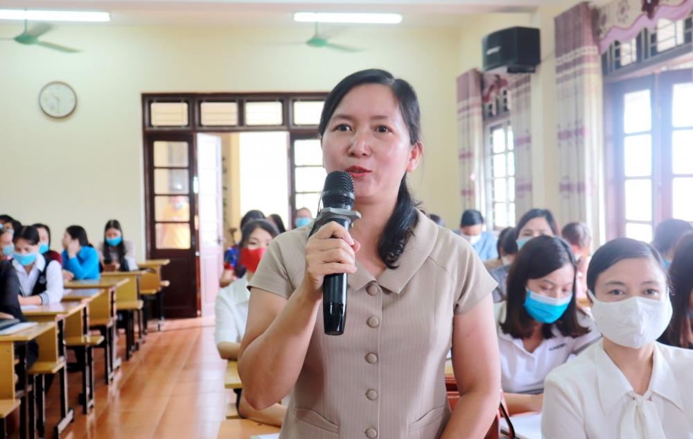 Nâng cao kiến thức pháp luật Lao động, pháp luật Bầu cử cho công nhân viên chức lao động huyện Phúc Thọ