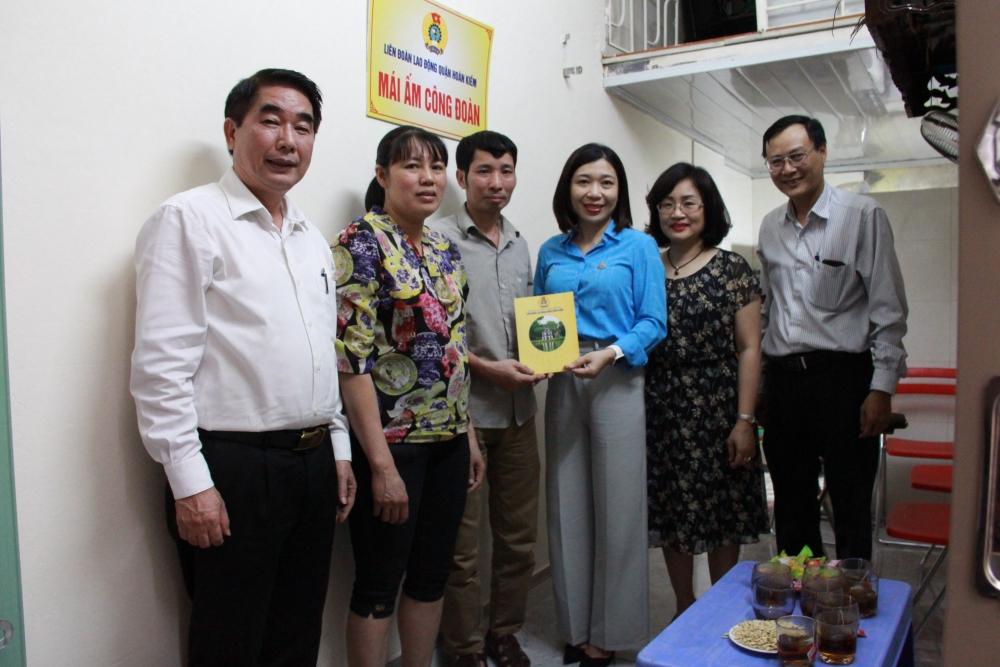 Liên đoàn Lao động quận Hoàn Kiếm triển khai nhiều hoạt động trong Tháng Công nhân