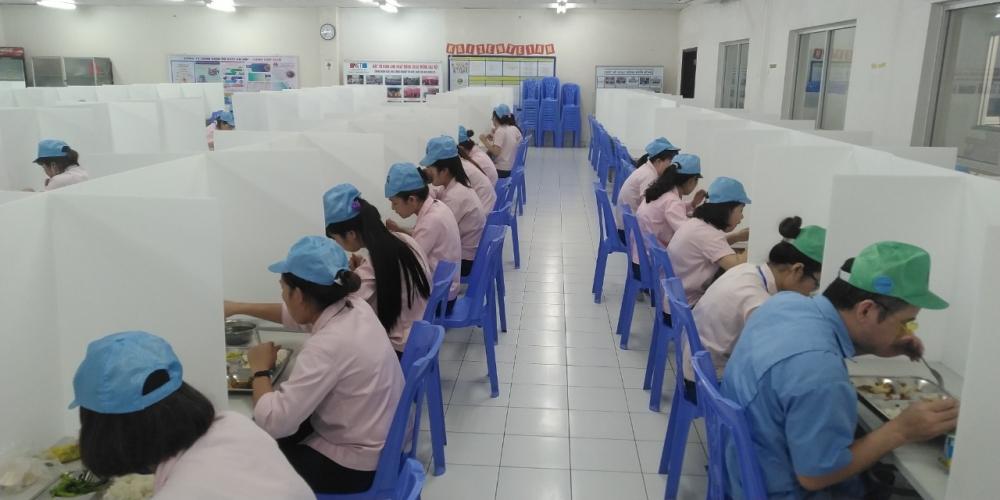 Công nhân lao động trong các doanh nghiệp cần làm gì để phòng, chống dịch Covid-19?
