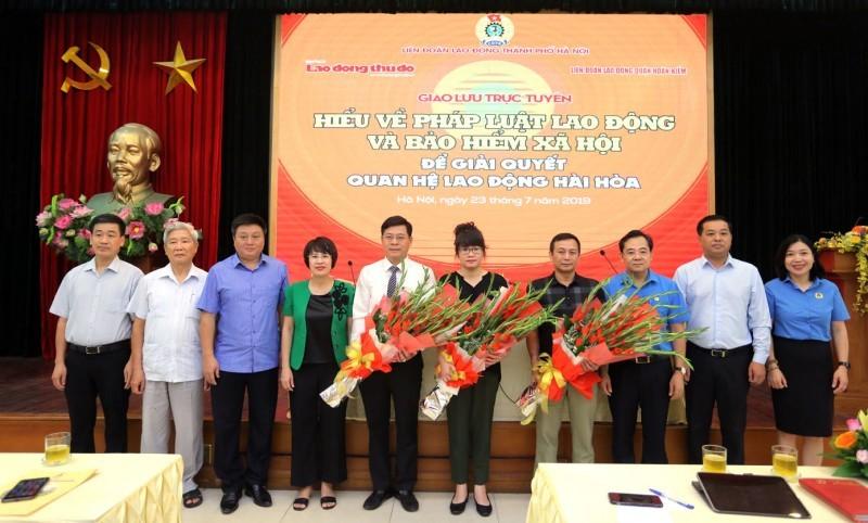 Giao lưu trực tuyến tại quận Hoàn Kiếm